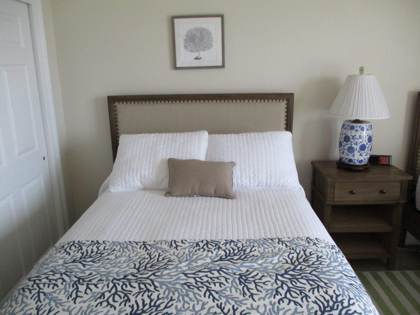 West Guest Full Bed