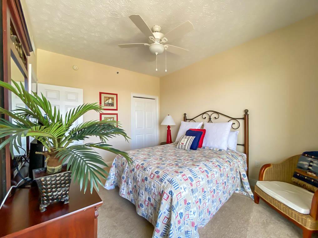 quaint bedroom